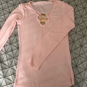 Guess long sleeve with gold buckle front